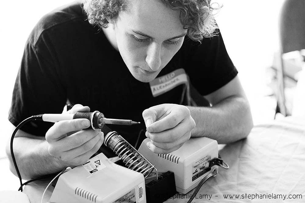 Repairing an electrical item at repair event