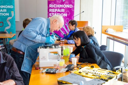 Richmond Repair Station - a broken sewing machine is fixed at a repair cafe